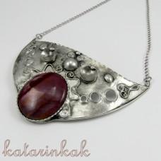 Cínovaný náhrdelník Kleió s mokaitom