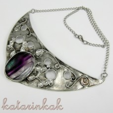 Cínovaný náhrdelník Iris s fluoritom